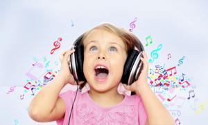 Les bienfaits des chansons et comptines personnalisées au prénom de l'enfant