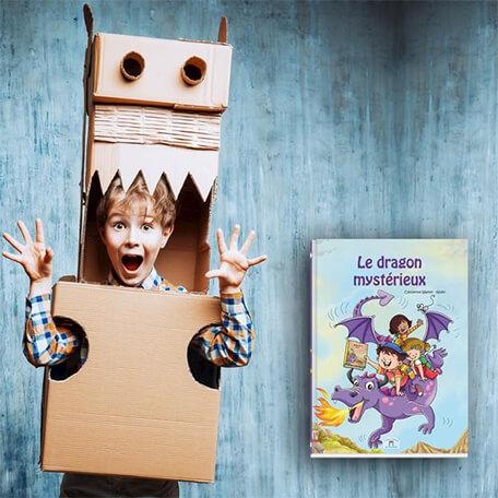 enfant héros de son livre personnalisé sur les dragons