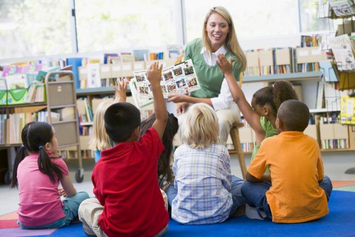 Livres d'écoles personnalisés Mon Monde à Moi